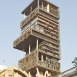Vehicle with explosive substance found near Mukesh Ambani's Mumbai house 'Antilia'